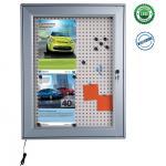 NOTICEBOARD M&C LED parafa és perforált acél hátlapú vitrin világítással 70 mm