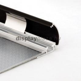 Streamline plakáttartó 25 mm derékszögű sarok fekete